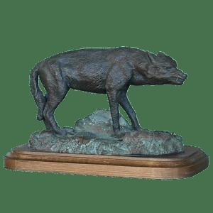 Lobo en Peana de Madera