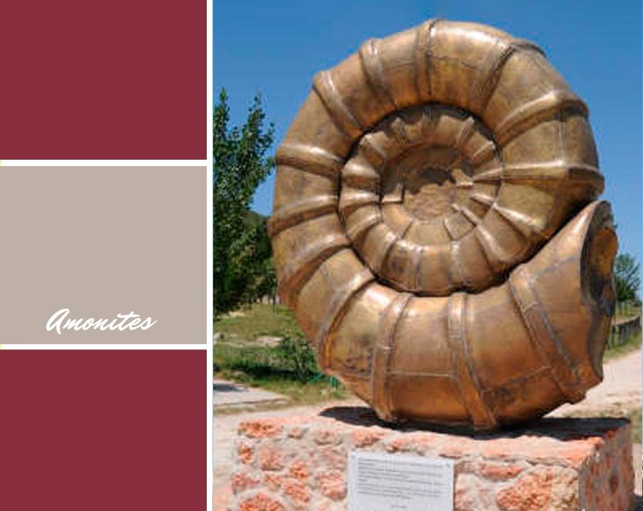 Monumento-Amonites-Portada-Espacio-de-Arte-Hermanos-Moreno